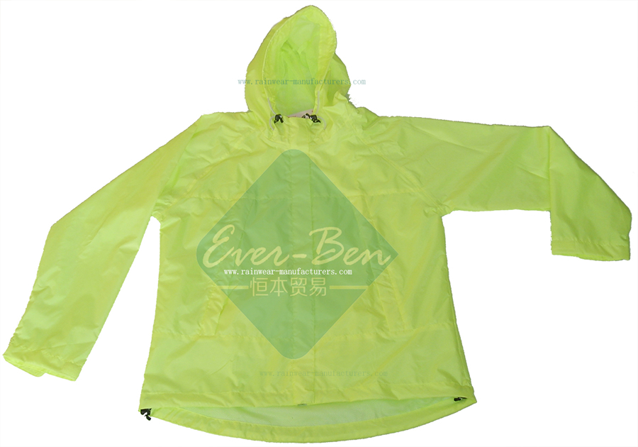 51ddb8c9b1 Nylon Green Light Rain Jacket