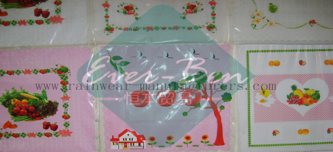 China large plastic tablecloth wholesale
