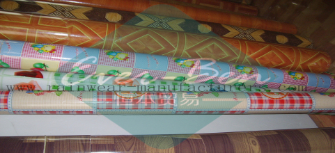 China pvc table cloth factory-vinyl tablecloth fabric by the roll