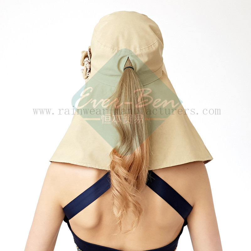 Ladies Fashion hat with neck protection3