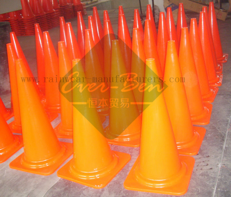 Bulk safety cones factory
